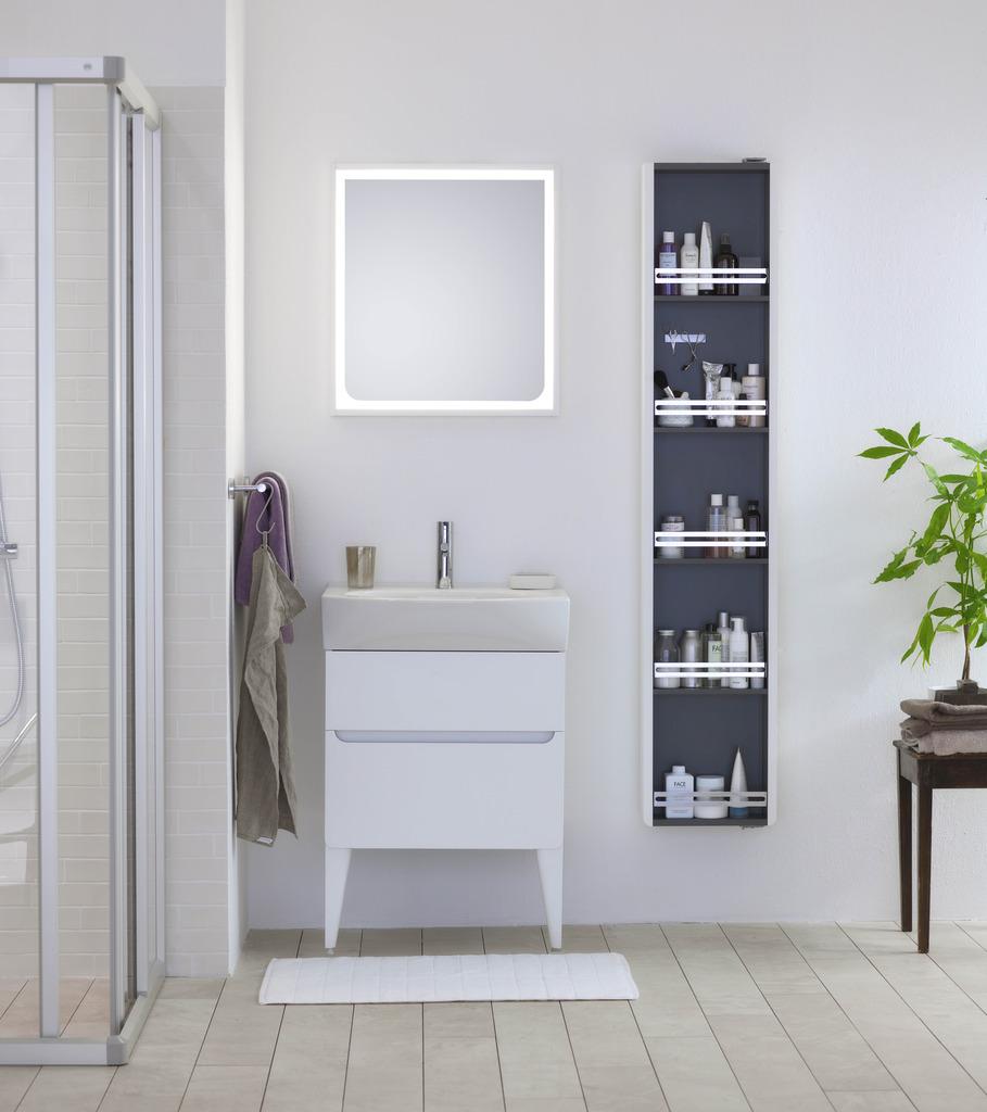 photo ifo-silva-furniture-white-showroom17_zpsavf2coe6.jpg